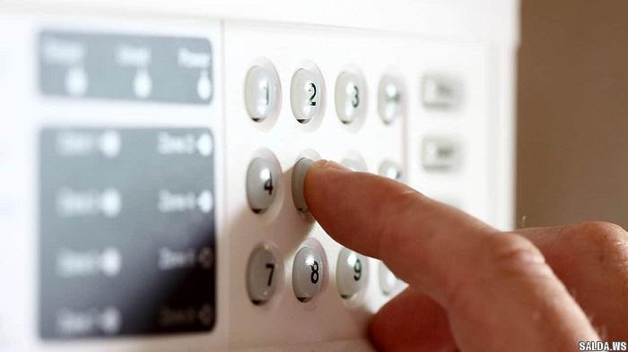 Чи варто ставити квартиру на пультову охорону?
