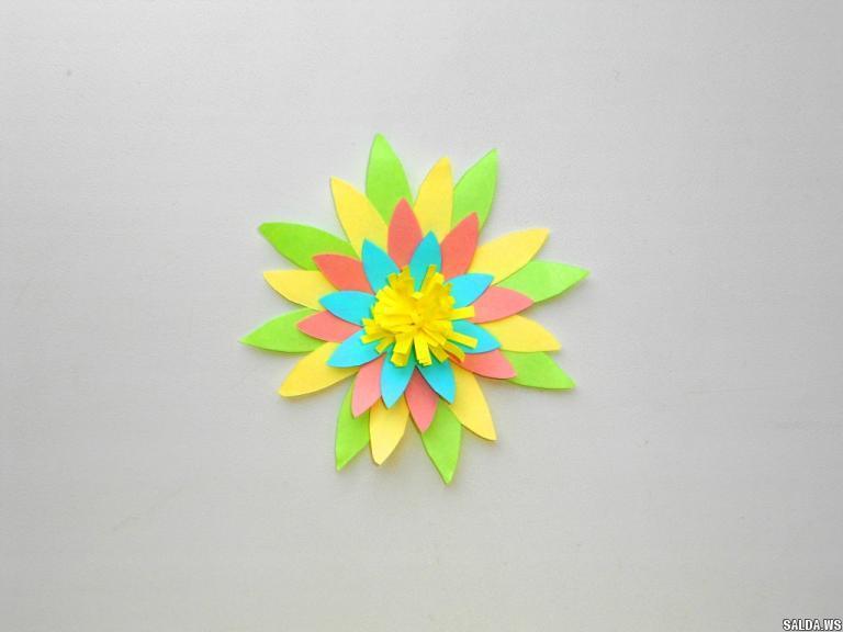 Несложные цветы из бумаги своими руками